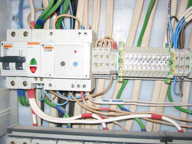Электромонтаж: фото – помощь при выборе компании