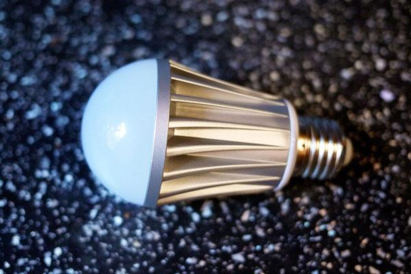 Экономия электроэнергии с помощью специальных ламп